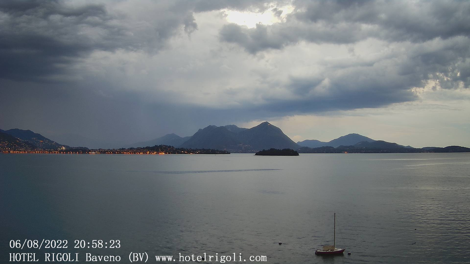 Webcam vista di Verbania e isole da Baveno